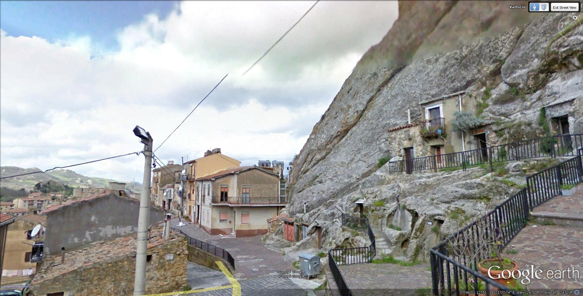 The Castle Of Sperlinga Italy Myuniquedesign